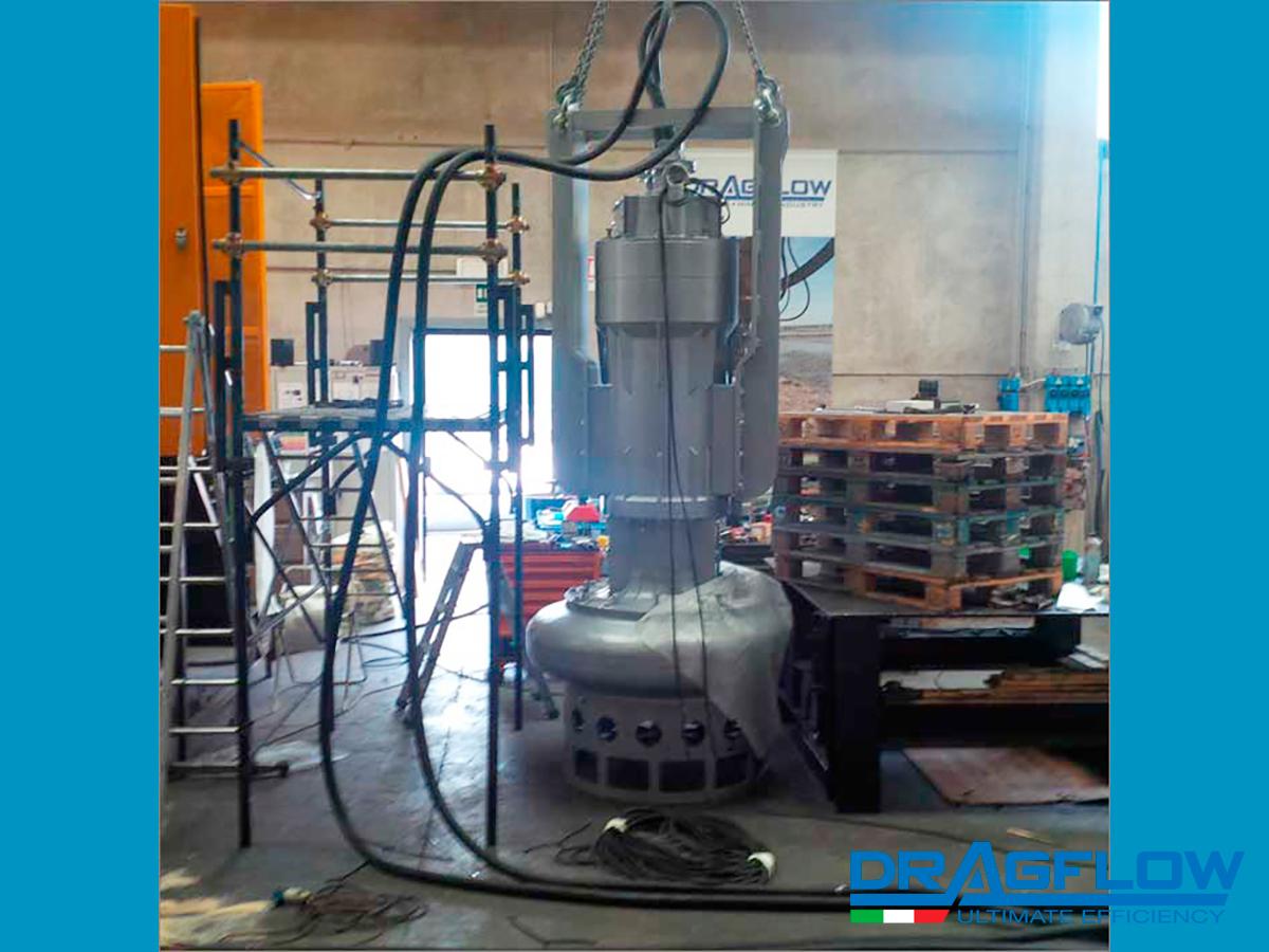 Дноуглубительный грунтовый износостойкий шламовый насос DRAGFLOW EL300B с электрическим приводом