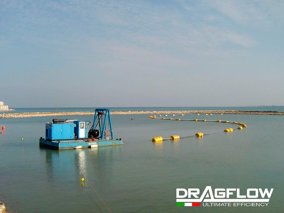 Земснаряд DRAGFLOW DRH c дноуглубительным грунтовым шламовым насосом DRAGFLOW HY85B + 2EXHY20