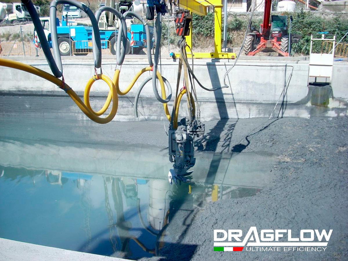 Погружной шламовый грунтовый насос DRAGFLOW EL7,5SS c гидравлическими рыхлителями EXHY20