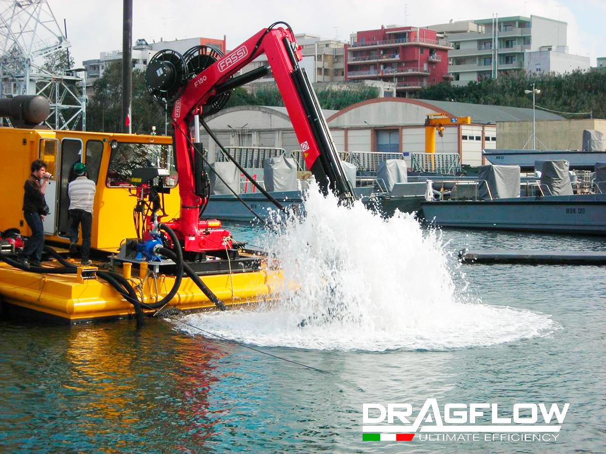 Земснаряд DRAGFLOW DRT c дноуглубительным грунтовым шламовым насосом DRAGFLOW HY85/160HC + 2EXHY20
