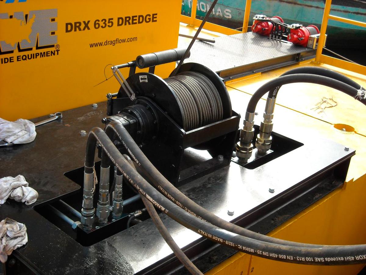Земснаряд DRAGFLOW DRH c дноуглубительным грунтовым шламовым насосом DRAGFLOW HY300B + 2EXHY35